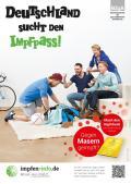 """Bild zu Plakat """"Deutschland sucht den Impfpass"""" - Motiv Anfeuernde Männergruppe"""