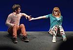 """Szenenfoto aus dem Theaterstück """"Trau dich!"""" zur Prävention des sexuellen Kindesmissbrauchs"""