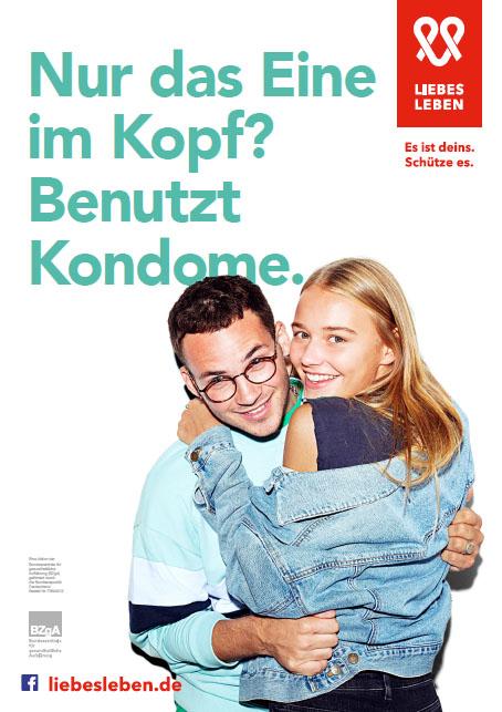 """Bild zu LIEBESLEBEN 2019 - Innenraumplakat Motiv """"Nur das eine im Kopf?"""""""