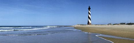 Foto eines Leuchtturms als Symbol für Orientierung